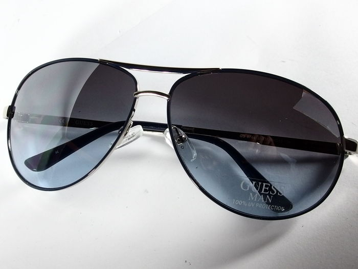 a9da5c01cd Guess - Lunettes solaire Homme - Catawiki