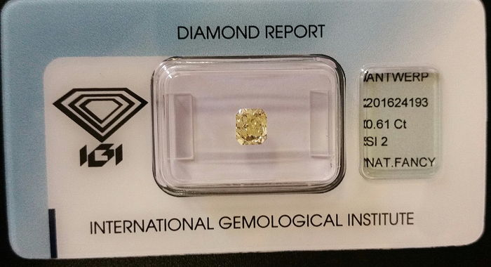 0.61 ct radiant-cut diamond – Natural Fancy Intense Yellow – SI2