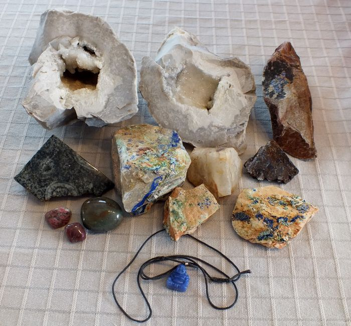 Lot of 13 minerals - 16 to 5 cm - 3,6 kg total