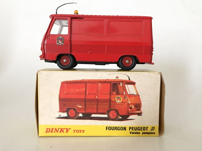 dinky toys chelle 1 43 peugeot j7 fourgon pompiers tr s rare catawiki. Black Bedroom Furniture Sets. Home Design Ideas