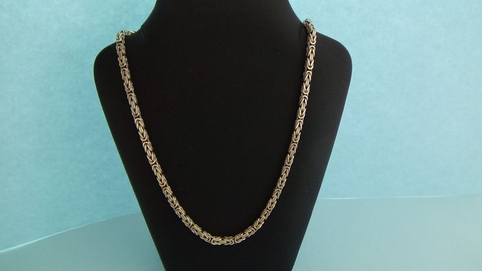 Silver Byzantine necklace with square links - Catawiki