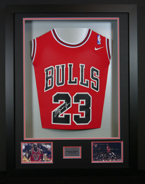 Michael Jordan / Chicago Bulls - Original 3D framed Home Jersey with ...