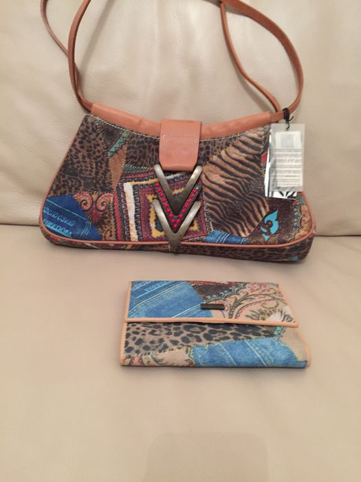 39c24a06459c3 ... roberto cavalli freedom bag with wallet catawiki ...