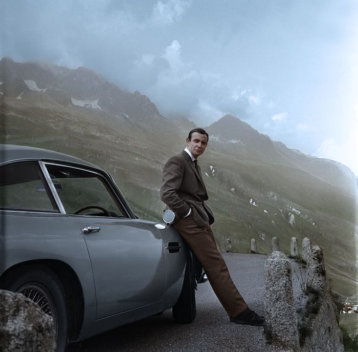 Aston Martin Db5 And Sean Connery James Bond Goldfinger Catawiki