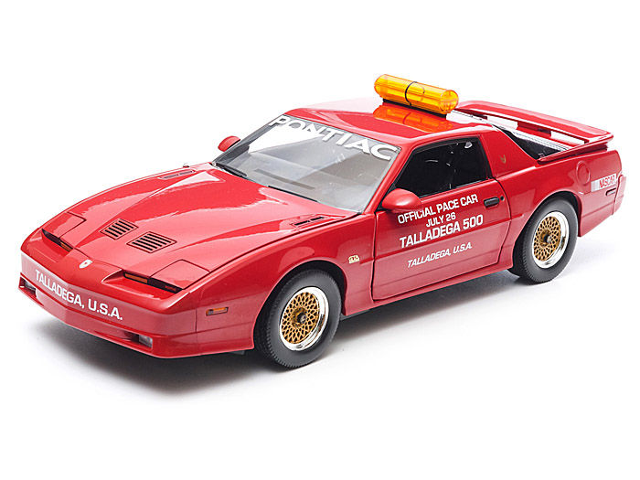 Greenlight - 1:18 - Pontiac GTA Talladega 500 Pace Car 1987