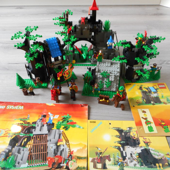 Castle 6054 6066 6076 Forestmens Hideout Camouflaged