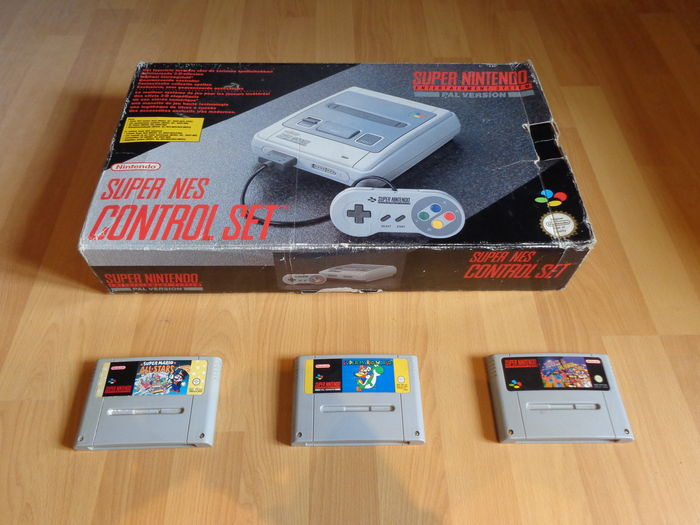 Super Nintendo Console Set Boxed and Fully Complete with 3 Games like Super  Mario World, Super Mario All-Stars and Dr  Mario & Tetris - Catawiki