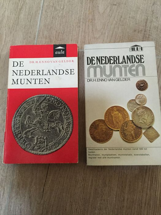 Books - 10 numismatic books, ranging from rare auction