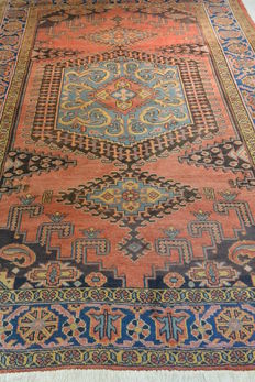 Magnificent Wiss Persian carpet 258 x 182 cm Excellent, middle of the 20th century
