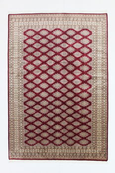 BUCHARA Carpet, Lahore, 20th century, 271 x 185 cm, wool and silk