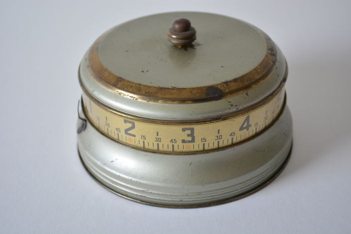 Lux Rotary Tape Measure Clock
