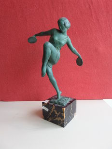 Fayral (Pierre le Faguays) - Le Verrier - Art Deco figurine of a dancer with cymbals on marble base