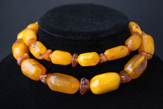 Antique Baltic Amber necklace old honey butterscotch egg yolk colour,  119 gram.
