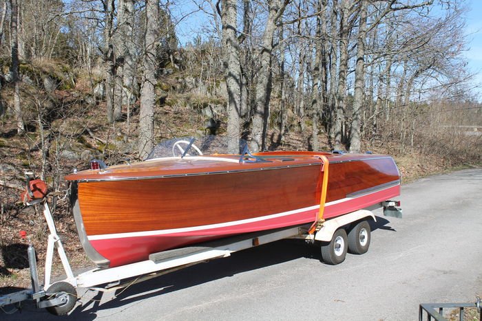 Original Chris Craft Deluxe Runabout - Mahogany sports boat - 1947, -  Catawiki