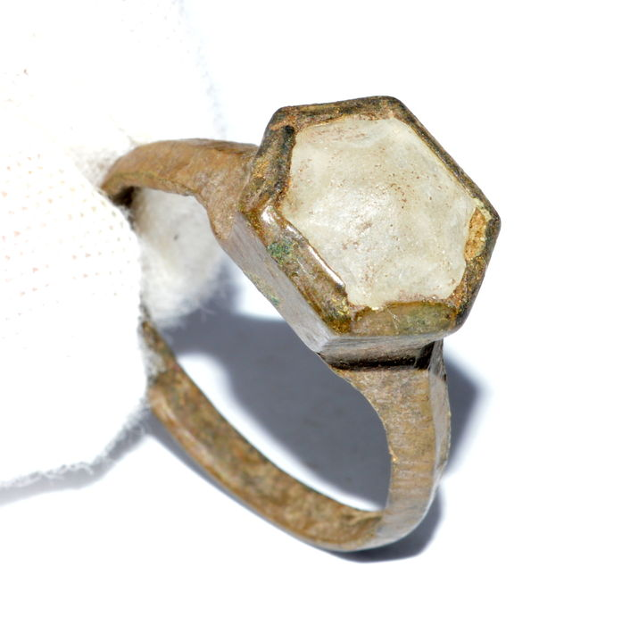 Late Medieval bronze ring with white glass gem inserted in bezel - 19 mm / UK size R / USA size 9 3/4