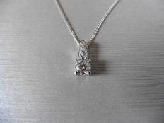 0.70ct Diamond set pendant and chain - G-I, VS-Si2