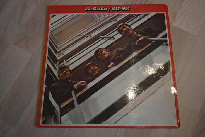 7 Beatles Lp's. Red double album, blue double album, Abbey Road, Rock and Roll Music 1 and Rock and Roll Music 2