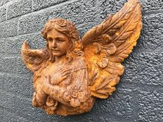 """Angelic"" angel sculpture of cast iron, early 20th century"