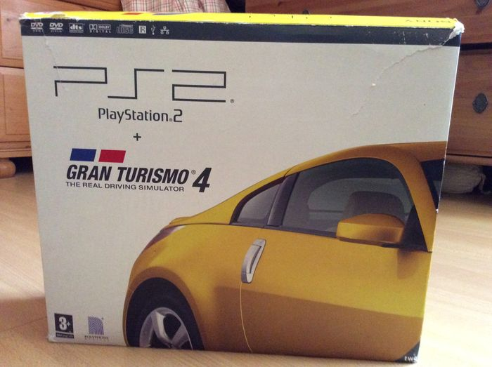playstation 2 console grand turismo 4 bundle complete with the game boxed catawiki. Black Bedroom Furniture Sets. Home Design Ideas