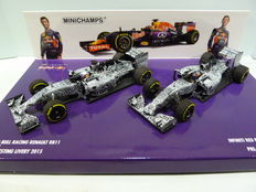 Rare Minichamps - Scale 1/43 - Red Bull F1 2015 Pre Season Testing 2 car set