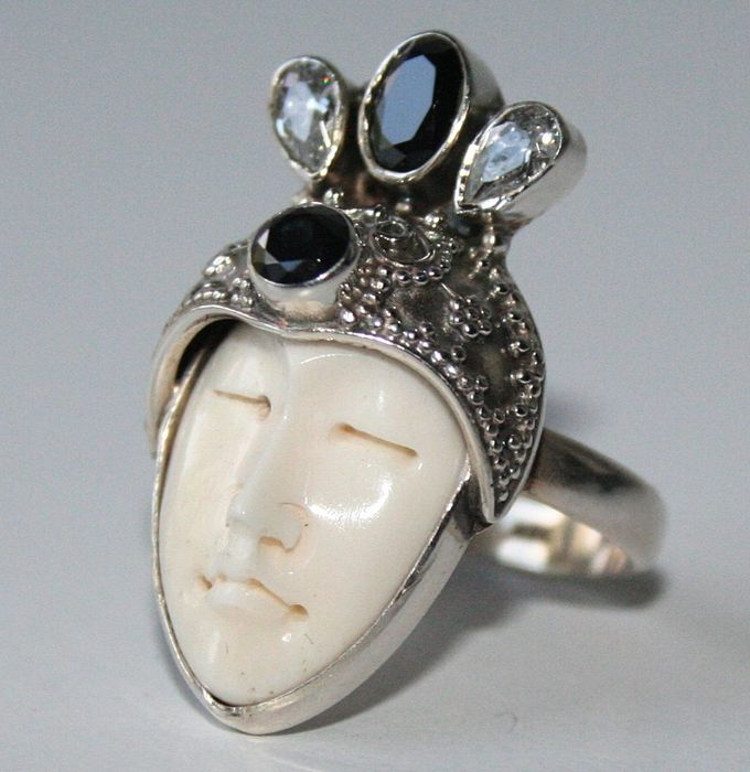 Carved Bali Face Ring Made Of Camel Bone With Black Onyx Catawiki