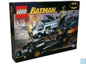 Lego 7781 The Batmobile: Two-Face's Escape