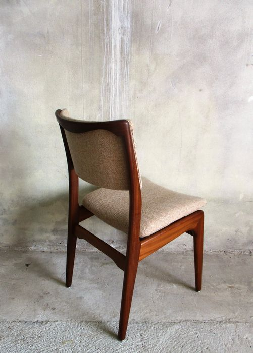 Unknown designer 4 teak dining room chairs catawiki for Dining room furniture auctions