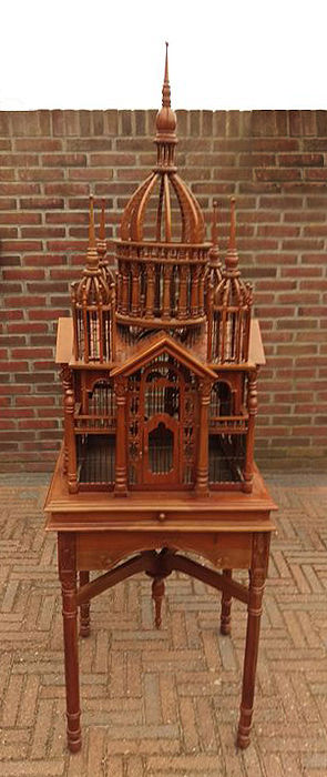 cage d 39 oiseau victorienne maison sur pied bois cath drale en bois sculpt catawiki. Black Bedroom Furniture Sets. Home Design Ideas