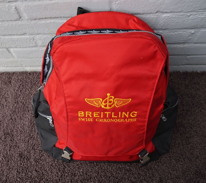 breitling sac dos sac de week end rouge tat usag en bon tat objet rare catawiki. Black Bedroom Furniture Sets. Home Design Ideas
