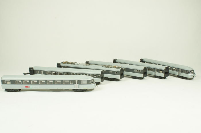 Hobbytrain N - 14100 - 6-part train unit RABe eurocity TEE of the SBB/CFF/FFS