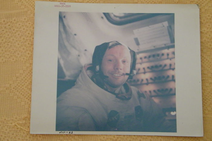 Neil Armstrong direct na maanwandeling