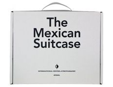 Photography; Cynthia Young - The Mexican Suitcase - 2 volumes - 2010