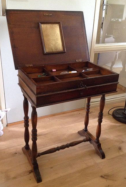 Antique sewing cabinet / table with drawer and foldable top - mahogany. - Antique Sewing Cabinet / Table With Drawer And Foldable Top