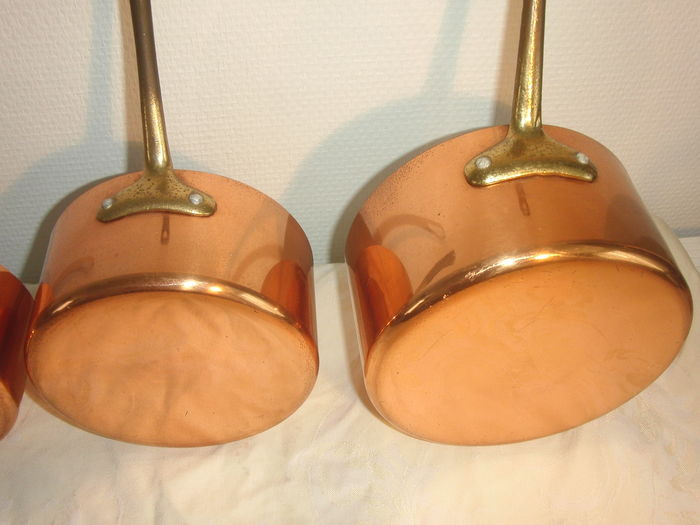 how to clean copper saucepans