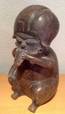 Pre-Columbian figure with panpipe - Chorrera culture Ecuador - 19.5 cm