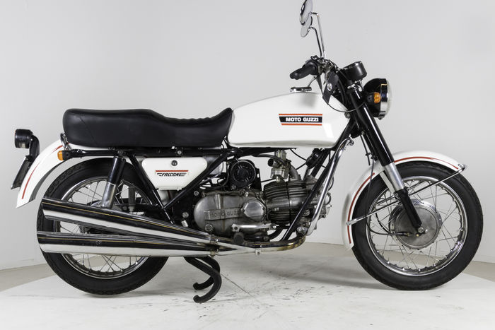 moto guzzi nuovo falcone 500cc 1974 catawiki. Black Bedroom Furniture Sets. Home Design Ideas