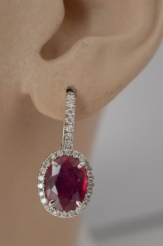 18 kt white gold entourage earrings with diamonds and rubies - 21.6 x 9.5 mm x 12.1 mm