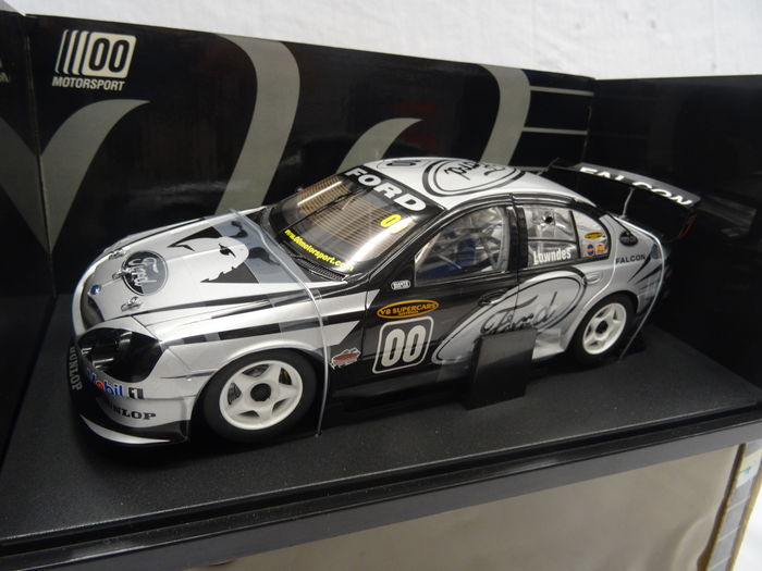 Craig lowndes model cars