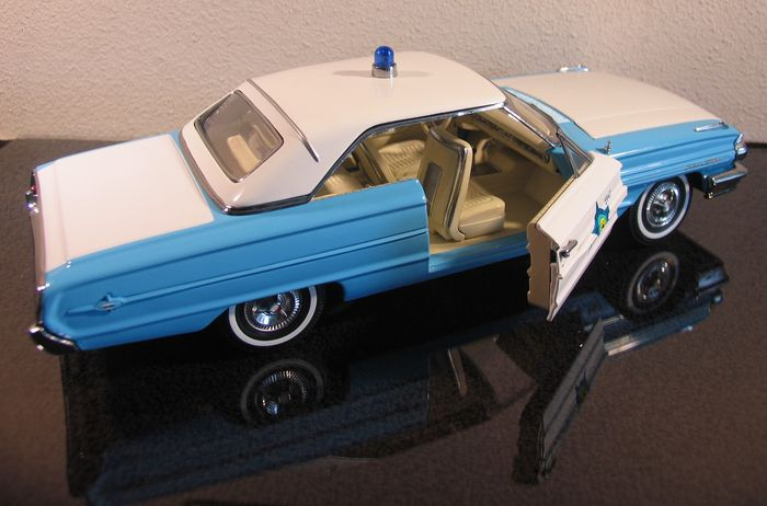 sun star chelle 1 18 ford galaxie 500 voiture de police catawiki. Black Bedroom Furniture Sets. Home Design Ideas