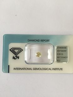 0.55 brilliant cut diamond, natural fancy yellow SI2