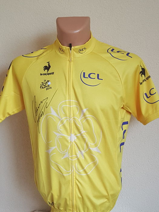 Chris Froome - Yellow Jersey - hand signed + COA. - Catawiki 7dfaeb499
