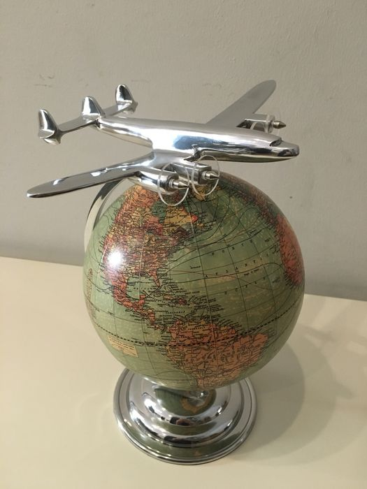 """Globe Weber Costello With Airplane """"Constellation"""" - Paper and Aluminium - End XX Century"""