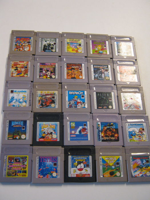 Lot of 25 Nintendo Game Boy Classic games - Rescue of Princess Blobette, Paperboy, Mickey Mouse ...