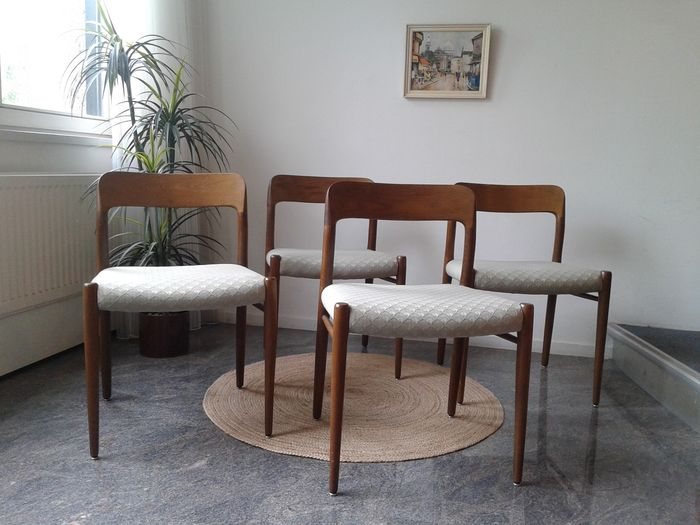 Niels Otto Møller By JL Møller Møbelfabrik U2013 4 Dining Chairs Model 75