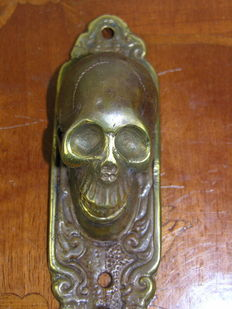 Large hanger / wall hook with skull and crossbones made of bronze