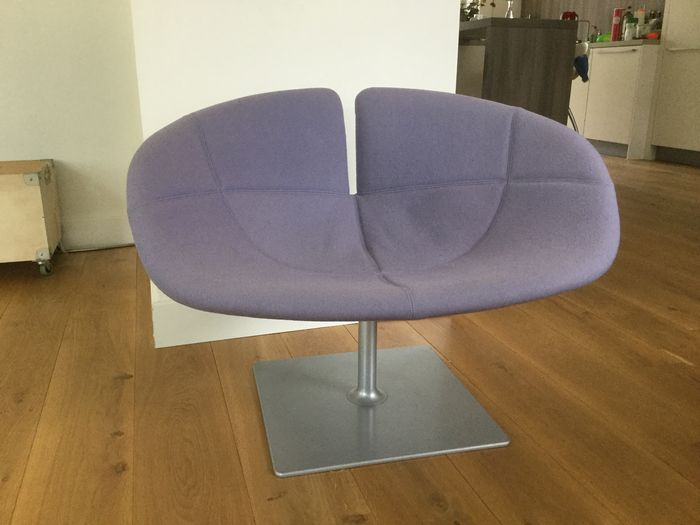Patricia Urquiola For Moroso U2013 Fjord Swivel Chair (lot 2)