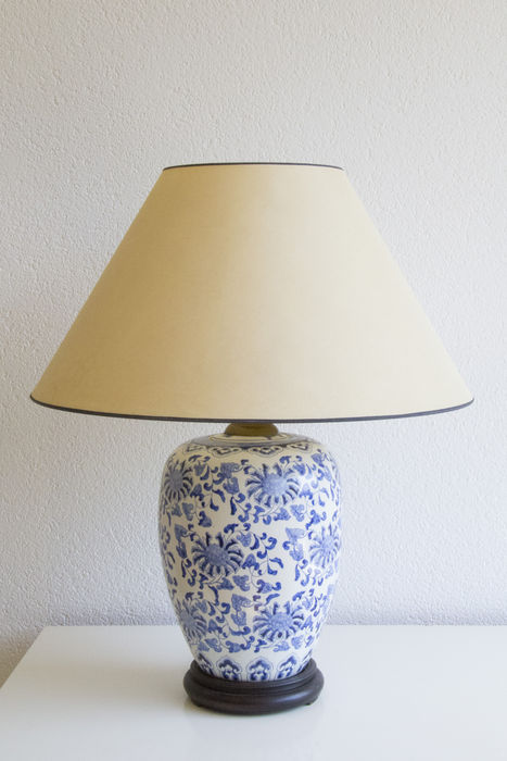 Large chinese porcelain table lamp catawiki large chinese porcelain table lamp aloadofball Images