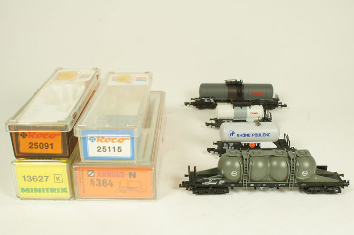 Arnold/Trix/Roco N - 4364/13627/25091/25115 - 4 tank carriages