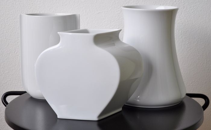Lot With Three White Porcelain Vases Rosenthal Ag Studio Line And