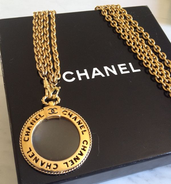 a33c88ee891cd Chanel – Vintage Magnifying Glass Loupe Necklace - Catawiki